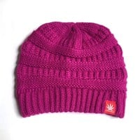 STONERDAYS RASPBERRY KNITTED BEANIE