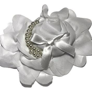 "White 4.5"" X 4"" chiffon rolled rose with pearl stands"
