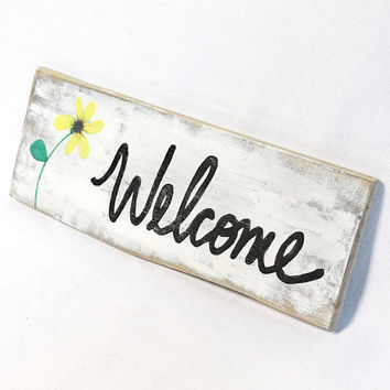 Welcome Sign, Wooden Welcome Sign, Reclaimed Wood Sign, Recycled, Pallet Wood, Welcome, Sign, Hand Painted, Black Eyed Susan, Flower