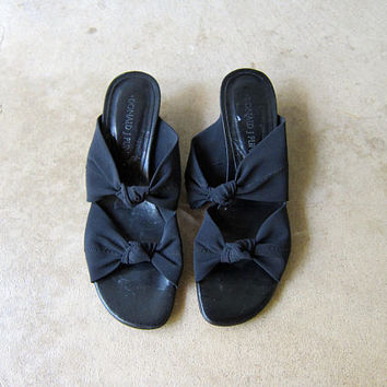 Black LEATHER & BOW Sandals Vintage Donald Pliner 90s Peep Toe Pumps Black Minimal Slip Ons Stretch Elastic Band Mules Flip Flops Womens 7.5