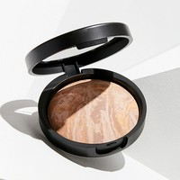 Laura Geller Baked Balance-N-Brighten Foundation | Urban Outfitters