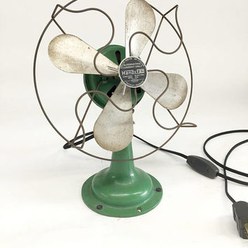 Antique Electric Fan, Vintage Electric Fan, Handy Fan, Art Deco Desk Fan, Adjustable Fan, Industrial Fan, Steam Punk Desk Fan