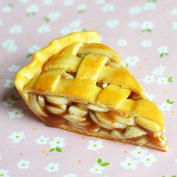 Apple Pie Miniature Dessert Magnet Home Decor Food Art, Polymer Clay
