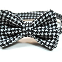 Houndstooth Bow Tie Mens Bow Tie Bow Ties Boys Bow by tuxandtulle