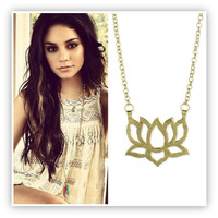 14K Gold Hammered Cutout Lotus Zen Boho Necklace