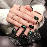 24 PCS Nail Art Tips Emeald Dark Green Fake Nail with Green Paillette Pre Designed Nail Tips ABS False Nail Tips Z383