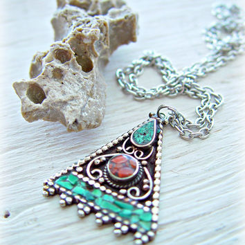 Tibetan Necklace - Tibetan Jewelry - Om Necklace - Yoga Necklace - Yoga Jewelry - Nepal Jewelry - Ethnic Necklace - Boho Jewelry