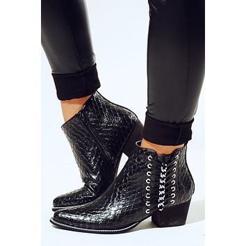 Walk A Mile Booties: Black