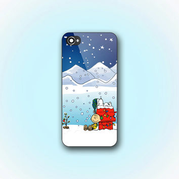 Charlie Brown Snow in Christmas - iPhone 4/4s Case - iPhone 5 Case - Samsung Galaxy S3 case - Samsung Galaxy S4 case
