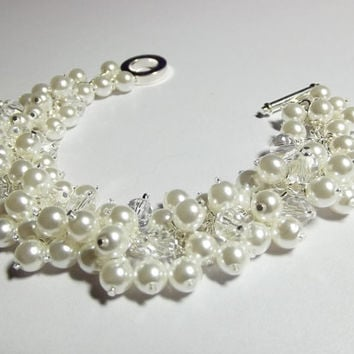 White Pearl and Crystal Bracelet, Bridesmaid Wedding Jewelry, Chunky Bracelet, Mom Sister Cocktail Jewelry