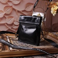 BALENCIAGA WOMEN'S NEW STYLE LEATHER INCLINED SHOULDER BAG