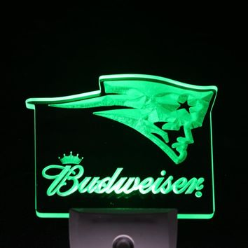 ws0159 New England Patriots Budweiser Day/ Night Sensor Led Night Light Sign