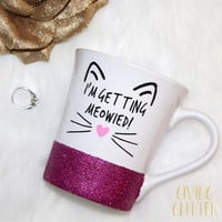 I'm Getting Meowied! // Glitter Dipped Makeup Brush Holder