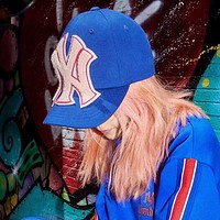 Women Men Baseball hat with NY Yankees™ patch