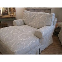 Rachel Ashwell Shabby Chic Couture Grand Chaise