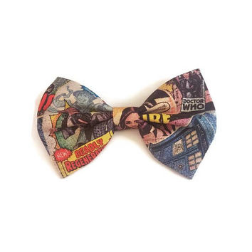 Dr Who Hair Bow • Doctor Who Bow • Dr Who Comic Bow • Geekery Hair Bow • Tardis Hairbow • Gifts For Women • Tardis Bow • Dr Who Gifts
