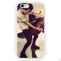 Harry Styles Cute Guitar Perform For iPhone 6 / 6 Plus Case