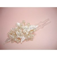 Pearl and Lace Flower Hairpin - Hoalane Bridal