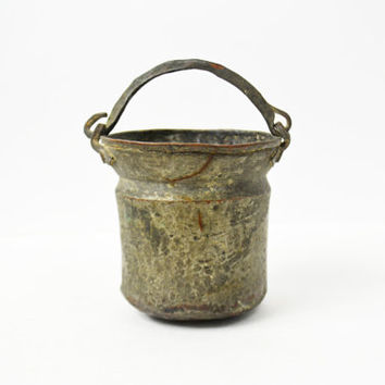 Small Primitive Bucket, Hand Hammered Bucket, Rustic Pail Hand Forged Bucket, Small Copper Bucket, Metal Container, Sheep Milking Bucket