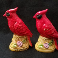 Cardinal Salt and Pepper Shakers Souvenir of Georgia, Made in Japan (1097)