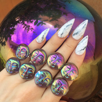Aura Moon Face Ring