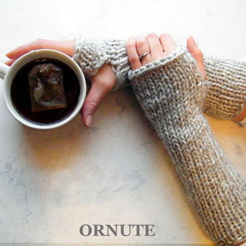 Extra long Arm Warmer Chunky Fingerless gloves Hand Knit Wrist Warmer Outlander Grey Gloves Knitted Fingerless Gloves READY TO SHIP