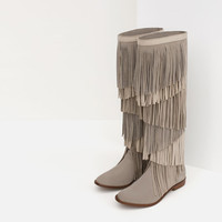 LEATHER BOOT WITH FRINGE