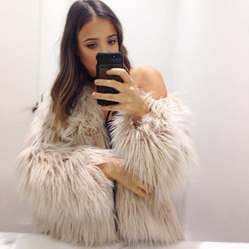 Women's Warm Faux Fur Fox Coat Jackets Casacos Long Sleeve Parka