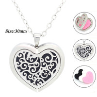 With Chain as Gith!316L Stainless Steel Silver Aromatherapy / Essential Oil Perfume diffuser Locket