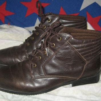 Vintage 80s GRANNY Ankle Boots - Grunge Style - Women 7.5 M BROWN Leather