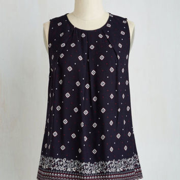 Mid-length Sleeveless A-line Creative Team-Up Top