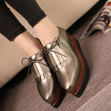 2016 the latest European pop slope with thick soled platform shoes the simple and elegant lady leisure comfortable casual shoes