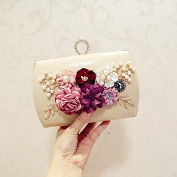 New The Golden Chain The Appliques Pattern Flowers Wedding Dinner Bags Hot Hand Evening Bags Purses Clutch Box Package