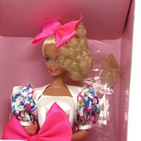 1990 Mattel Barbie Style Made for Applause