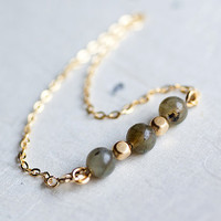 Labradorite Gemstone 14k gold fill chain Bracelet by by pardes