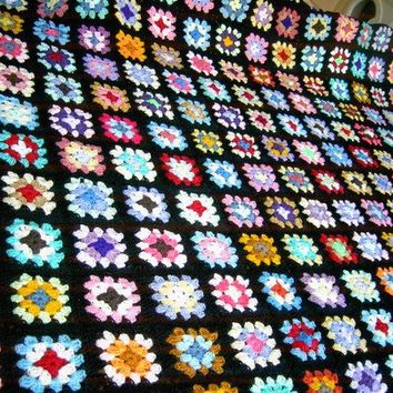 CROCHET BLANKET  Handmade crochet blanket in TRADITIONAL Granny  Style with black border  (nannycheryl original) 665
