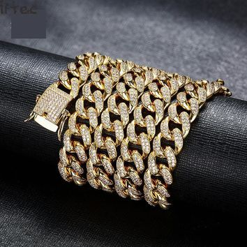"28"" Curb Cuban Chain Necklaces Iced Out Cz Cuban Link Gold Necklaces"