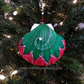 Christmas Beach Seashell Ornament.  Hand Painted Christmas Elf Hat.