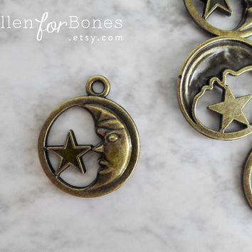 2pcs ∙ Antique Brass Moon Charm Moon Sign Pendant Celestial Star Astrology Necklace Jewelry Supplies