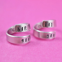big sis / lil sis  - Spiral Ring Set, Hand stamped, Newsprint Font, Shiny Aluminum, Forever Love, Friendship, BFF