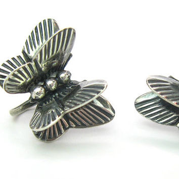 3D Sterling Silver Butterfly Earrings Handmade Engraved Small Bug Insect Screw Backs Vintage 50s Southwestern Native American Style Jewelry