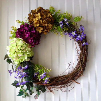Summer hydrangea wreath. wreath for summer. wreath for door. summer door wreath.