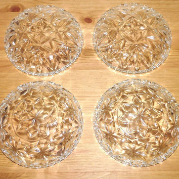 Small Dishes, Set of 4, Candy, Bonbon, Sweets, Dessert, Vintage, glass, mid century, very pretty, homeware