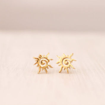 New Arrival Gold Silver 2015 Stainless Steel Jewelry Christmas Gift Celestial Flaming Sun Stud Earrings for Women