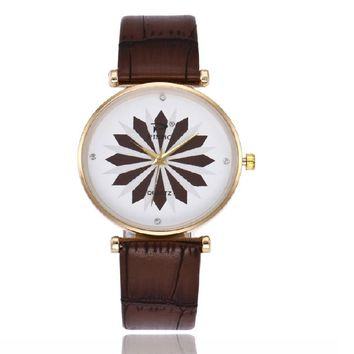 Flower Printed Sweet Quartz Analog Watch