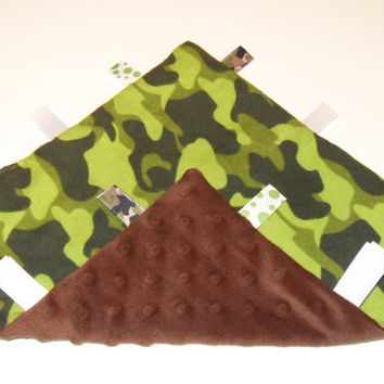 Camo Tag Ribbon Blanket Baby Boy Gift