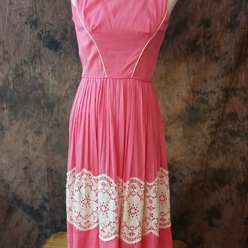 Vintage 1950s Day Dress Carol Craig New York Pink w/ Lace Full Circle Skirt Size XS