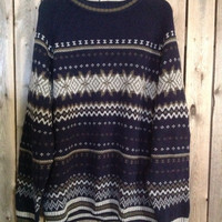 "Vintage ""ugly""  fall and winter sweater size XL"