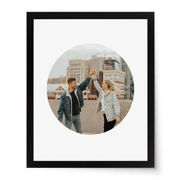Circle Photo Mat, Circle Picture Mat, Round Picture Mat, Round Photo Mat, Circle Paper Cut, Wedding Gift, Circle Frame, Gift for Her, 8x10