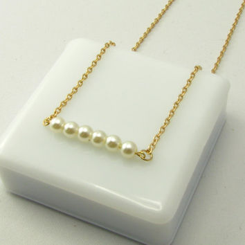 Delicate Pearls 14k Gold Filled Necklace / Pearls Necklace / Gold Necklace